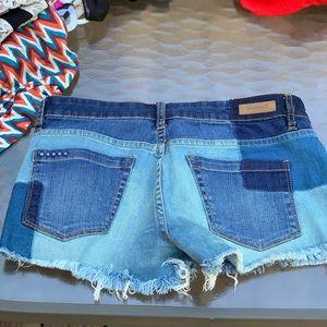 [Blank NYC] color block jean mini shorts